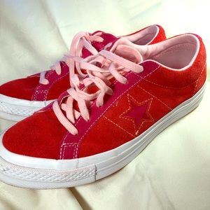 Youth/unisex Converse one star- red and pink